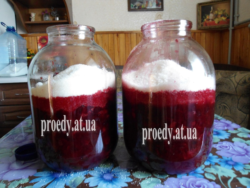 Рецепт ликера из вишни с косточками в домашних условиях